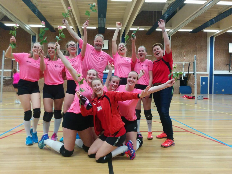 svh volleybal MeisjesA1 kampioen 2018